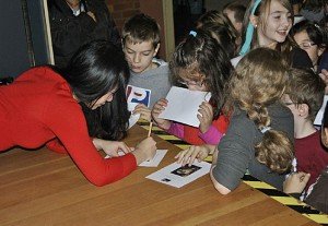Anny Hwang, Piano, in Völkingen, Grundschule Völklingen-Wehrden/ Geislautern