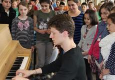 Alexander Krichel, Piano, in Wiesbaden, Riederbergschule