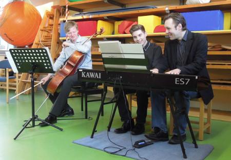 Florian Uhlig, Piano, in Kooperation mit dem Musikgymnasium, in Dresden, Montessorischule