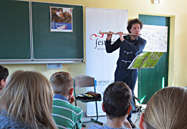 Pirmin Grehl, Flöte , in Bergen (Rügen), Regionale Schule am Rugard©FMV