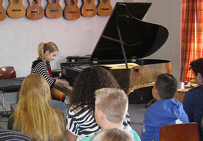 Lise de la Salle, Piano, in Lübeck, Baltic-Schule