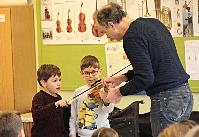 Florian Donderer (Violine), Bremen, Grundschule an der Karl-Lerbs-Strasse