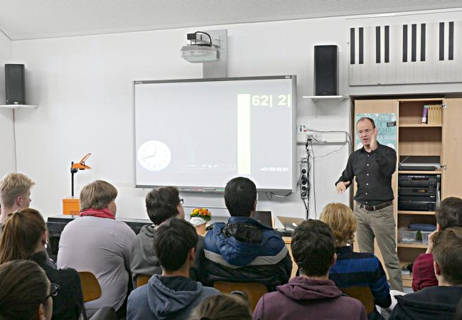 Frank Strobel (Dirigent), Hannover, Gymnasium Schillerschule Hannover© k. peters-atelier ph