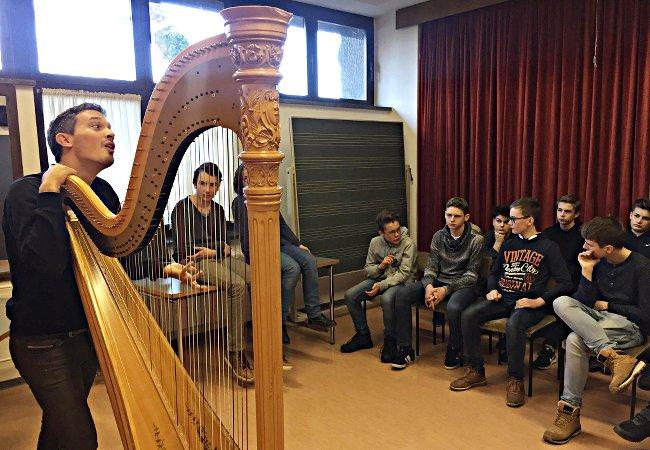 Emmanuel Ceysson (Harfe), Frankfurt (Oder), Gauß-Gymnasium Frankfurt (Oder)